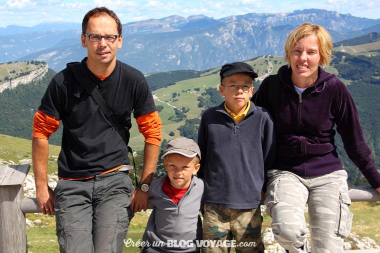 Vacances en famille : pour partager ses photos, mieux vaut éviter les réseaux sociaux
