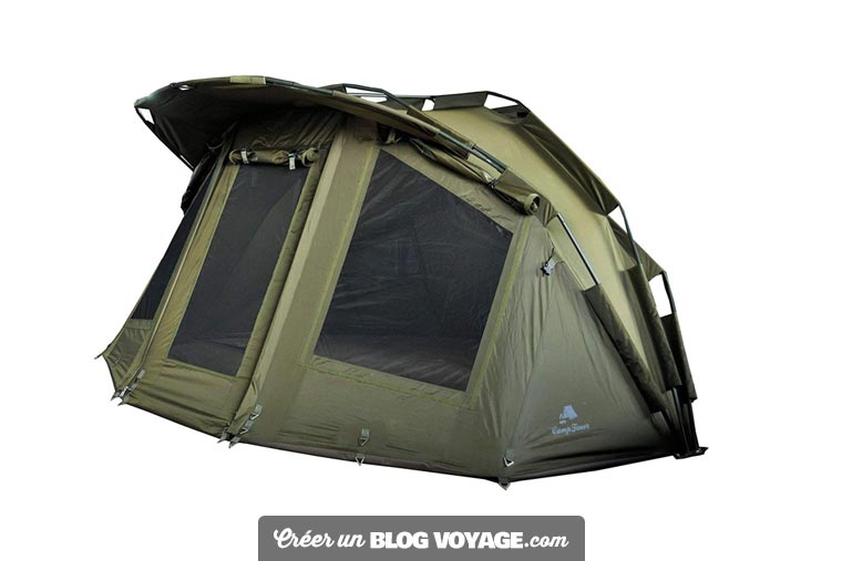 Le choix d'une tente spécialisée pour la pêche ou la chasse est préférable.